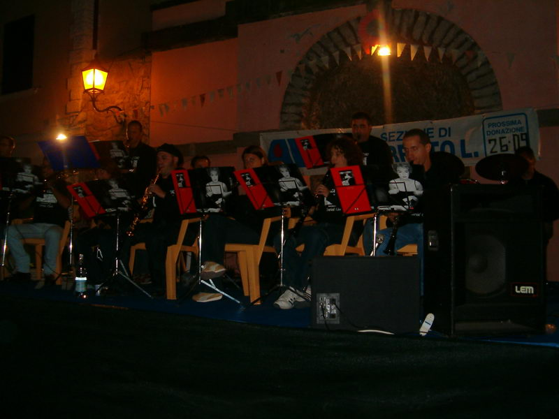 Piazza 'egli Turi Social Club, agosto 2004